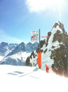 Esquiando en los Alpes suizos