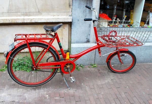 Amsterdam's red