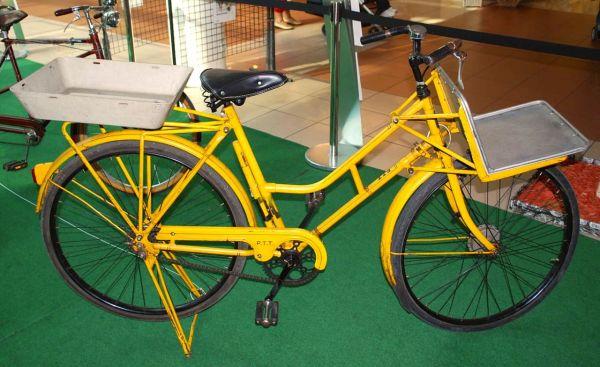 Utilitarian Swiss bike